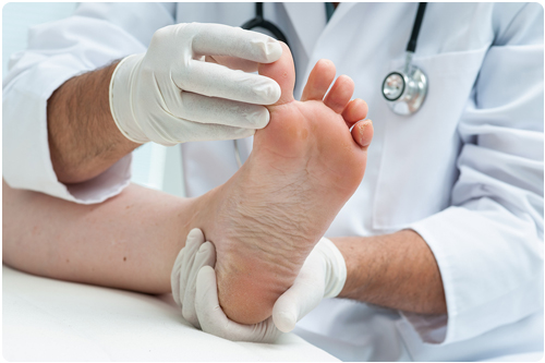treatment and pain relief for athletes foot